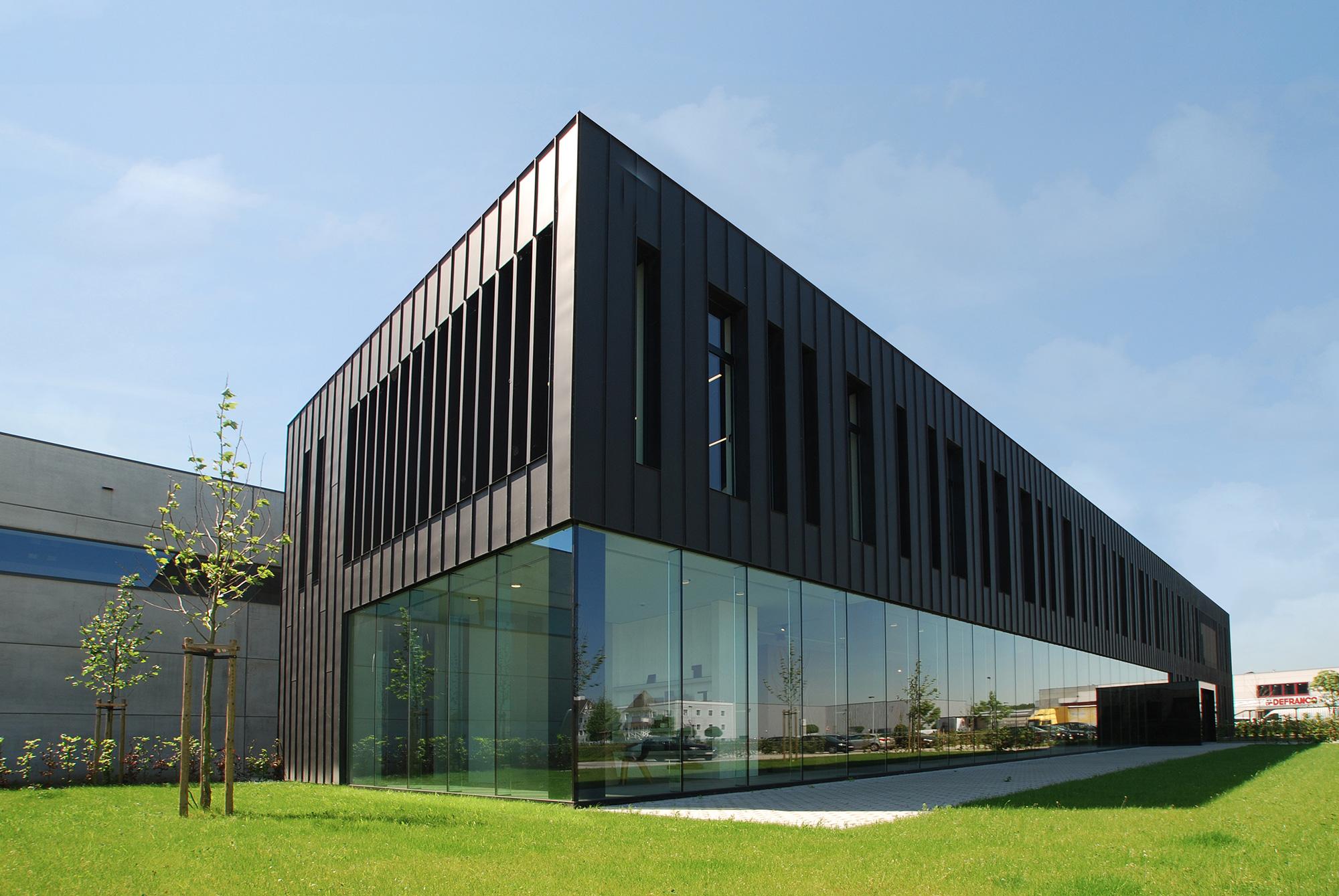 Industriebouw met kantoor evergem for Kantoor architect