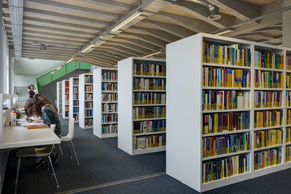 Abscis Architecten - Bibliotheek - fotografie Inge Claessens
