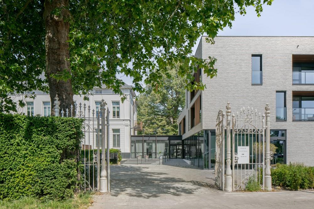 Abscis Architecten - toegang vanaf de straat - fotografie Jeroen Verrecht
