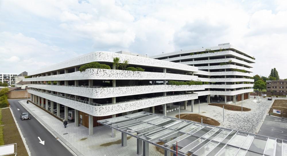 Abscis Architecten - Zicht op het plein – fotografie Dennis De Smet