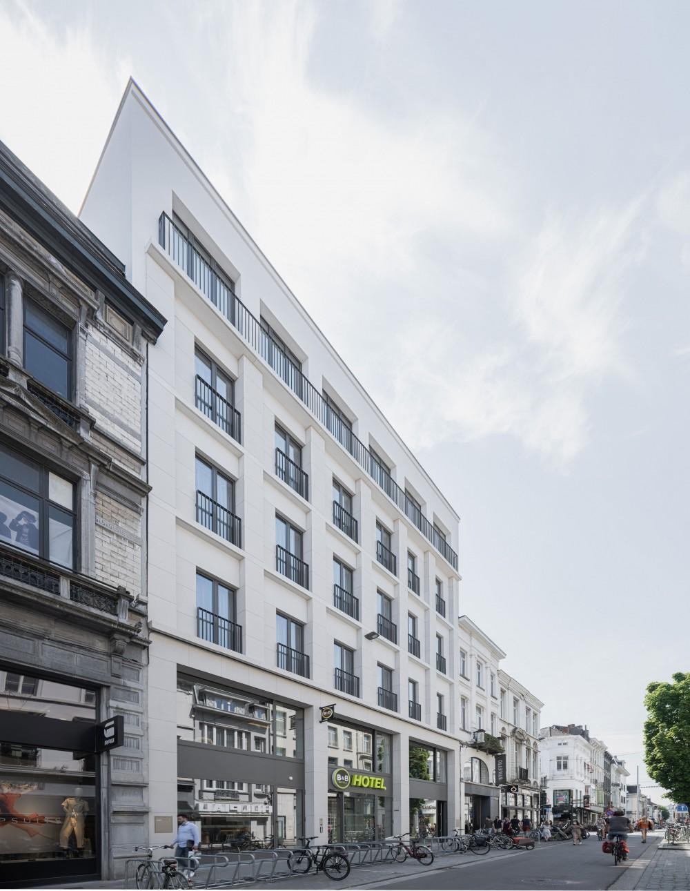 Abscis Architecten - nieuwe gevel hotel Voldersstraat - foto Jeroen Verrecht