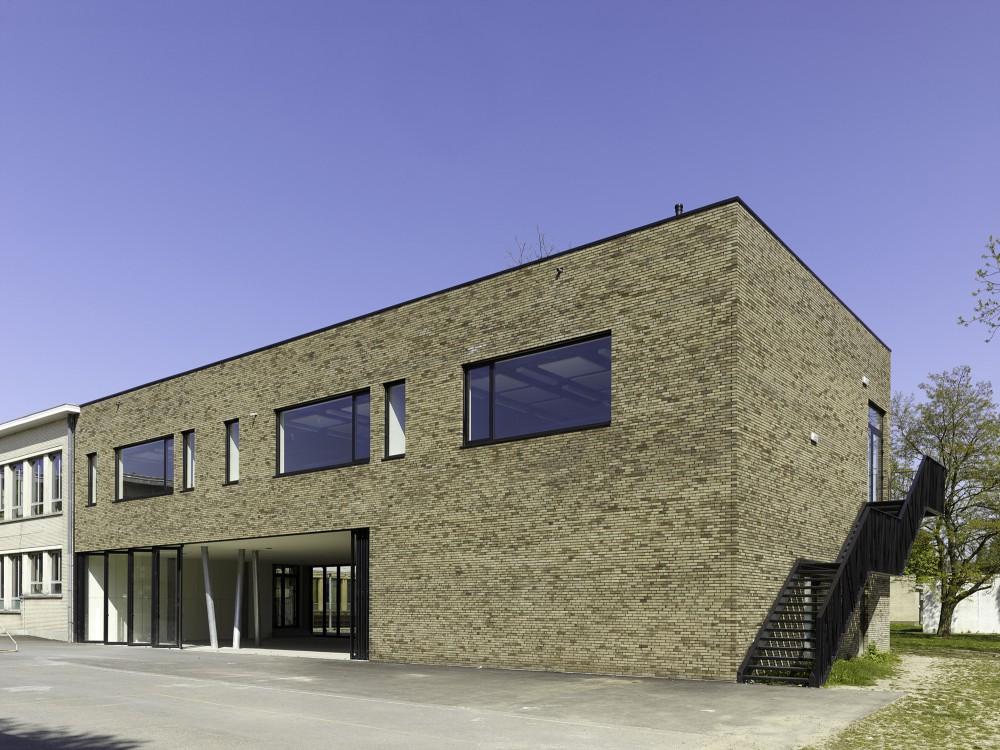 Abscis Architecten - labogebouw met buitentrap – fotografie Toon Grobet
