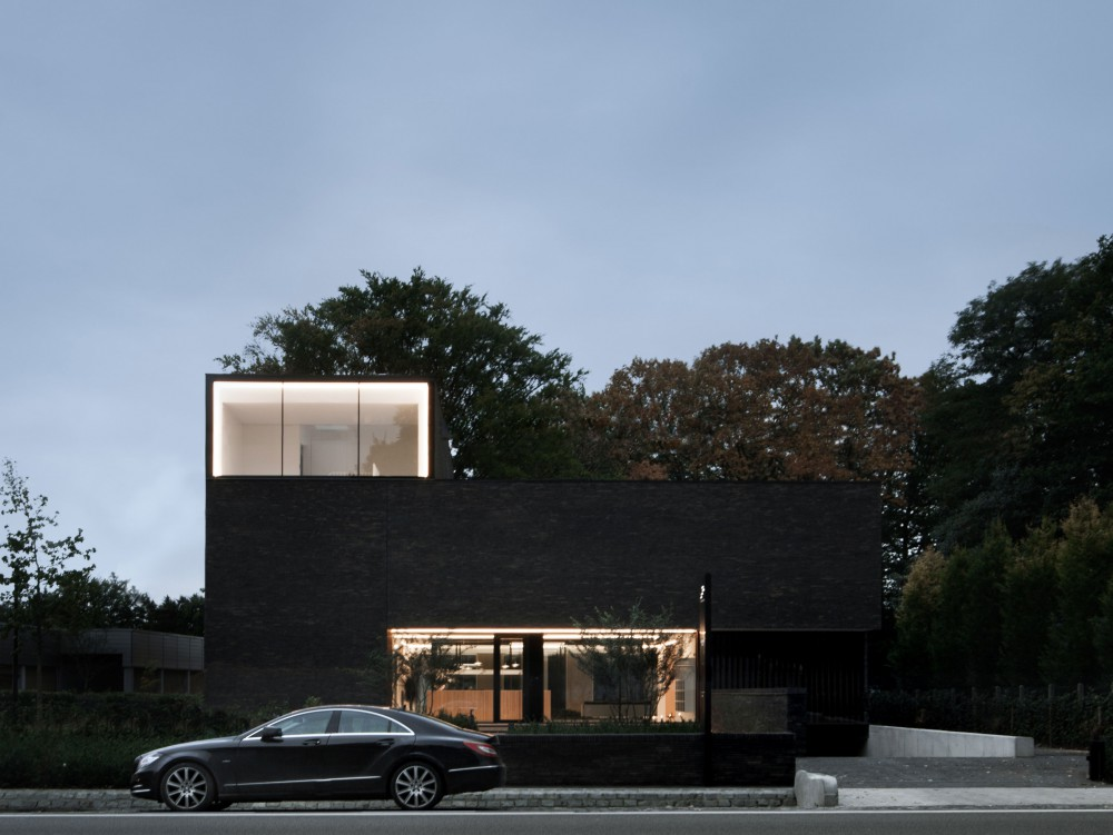 Abscis Architecten - translucency from the street - photo Jeroen Verrecht