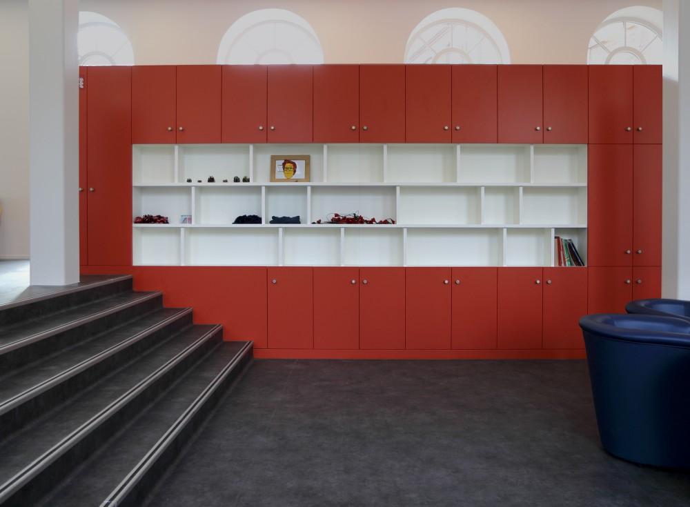 Abscis Architecten - meubel ontspanningsruimte internaat - fotografie Abscis Architecten