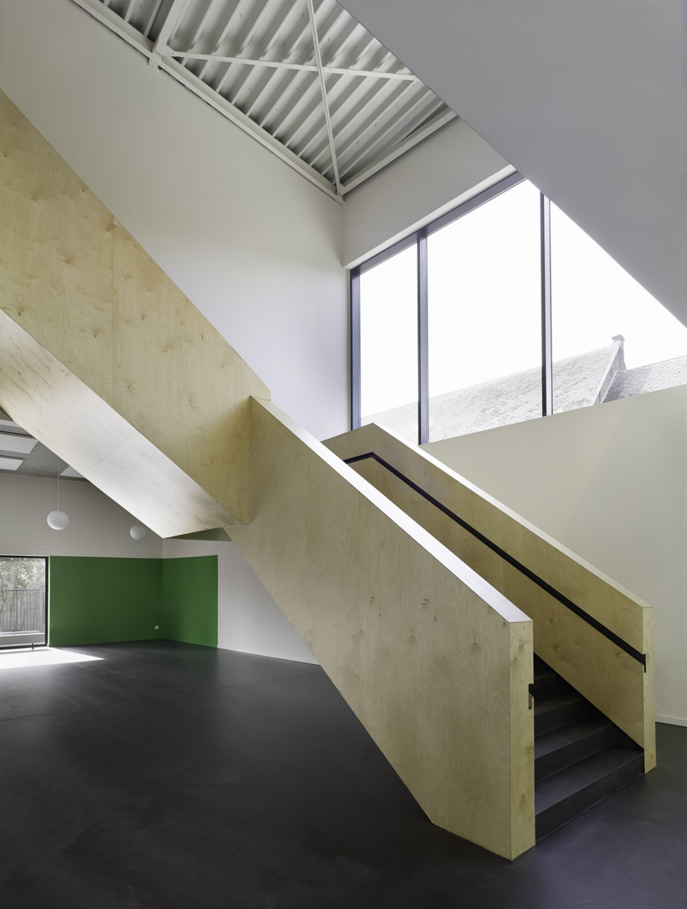 Abscis Architecten - zwevende trap basisschool – fotografie Toon Grobet