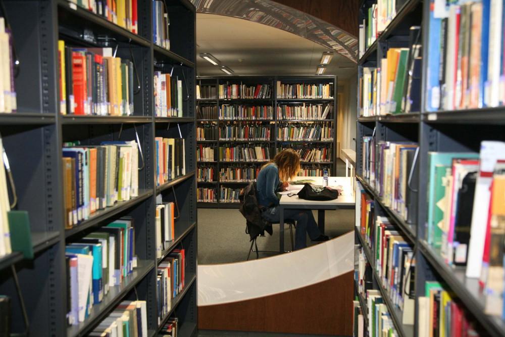 Abscis Architecten - Leeszaal in de Venusstraat – fotografie Elisabeth Broekaert