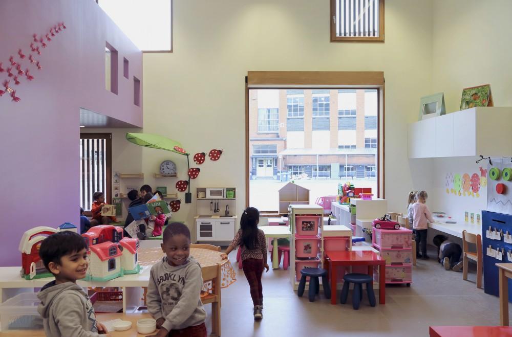 Abscis Architecten - langse gevel gericht naar campusplein - fotografie Abscis Architecten
