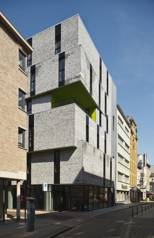 Abscis Architecten - Inkom van het jeugdhotel - zijde Langestraat – fotografie Studio Claerhout