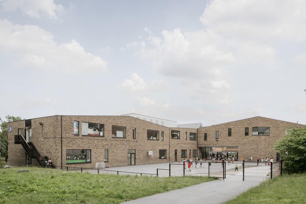 Abscis Architecten - green inner courtyard - photo Jeroen Verrecht