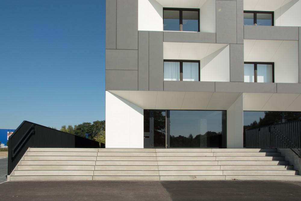 Abscis Architecten - nieuw jasje voor de regionale hoofdzetel Belfius - fotografie Abscis Architecten