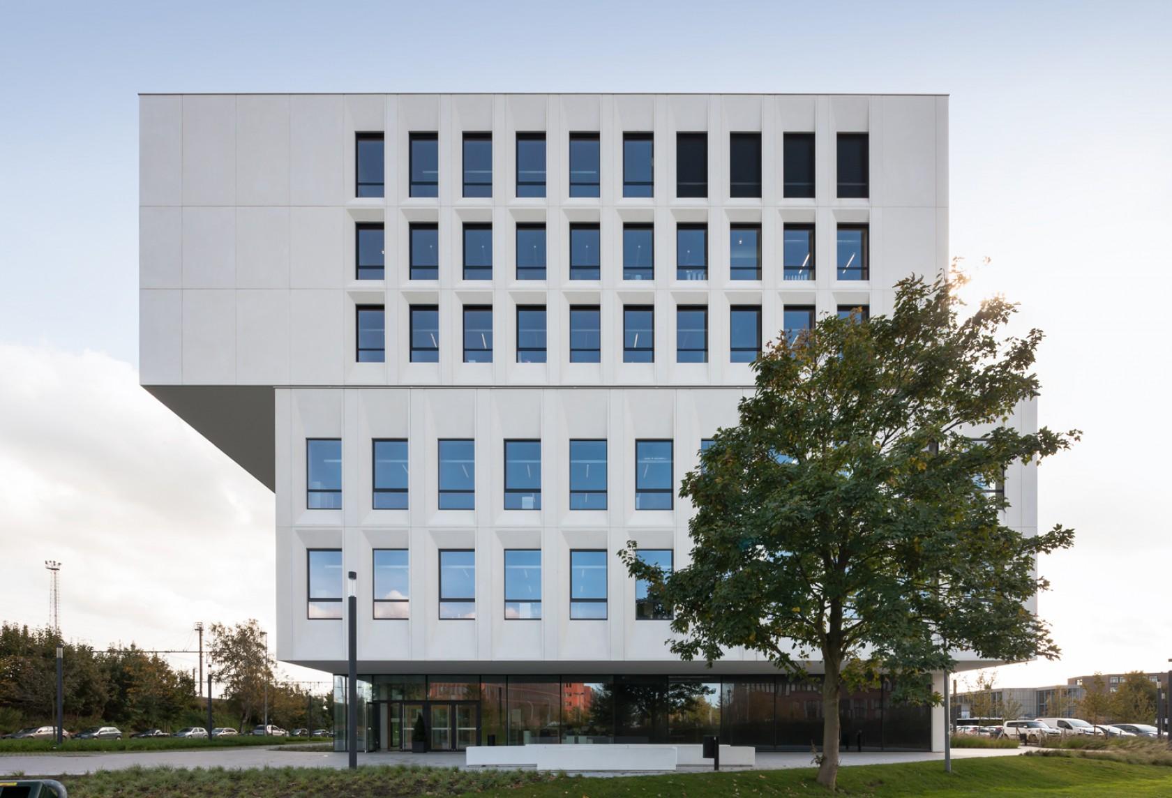 Architectenbureau abscis architecten uit gent for Dat architecten