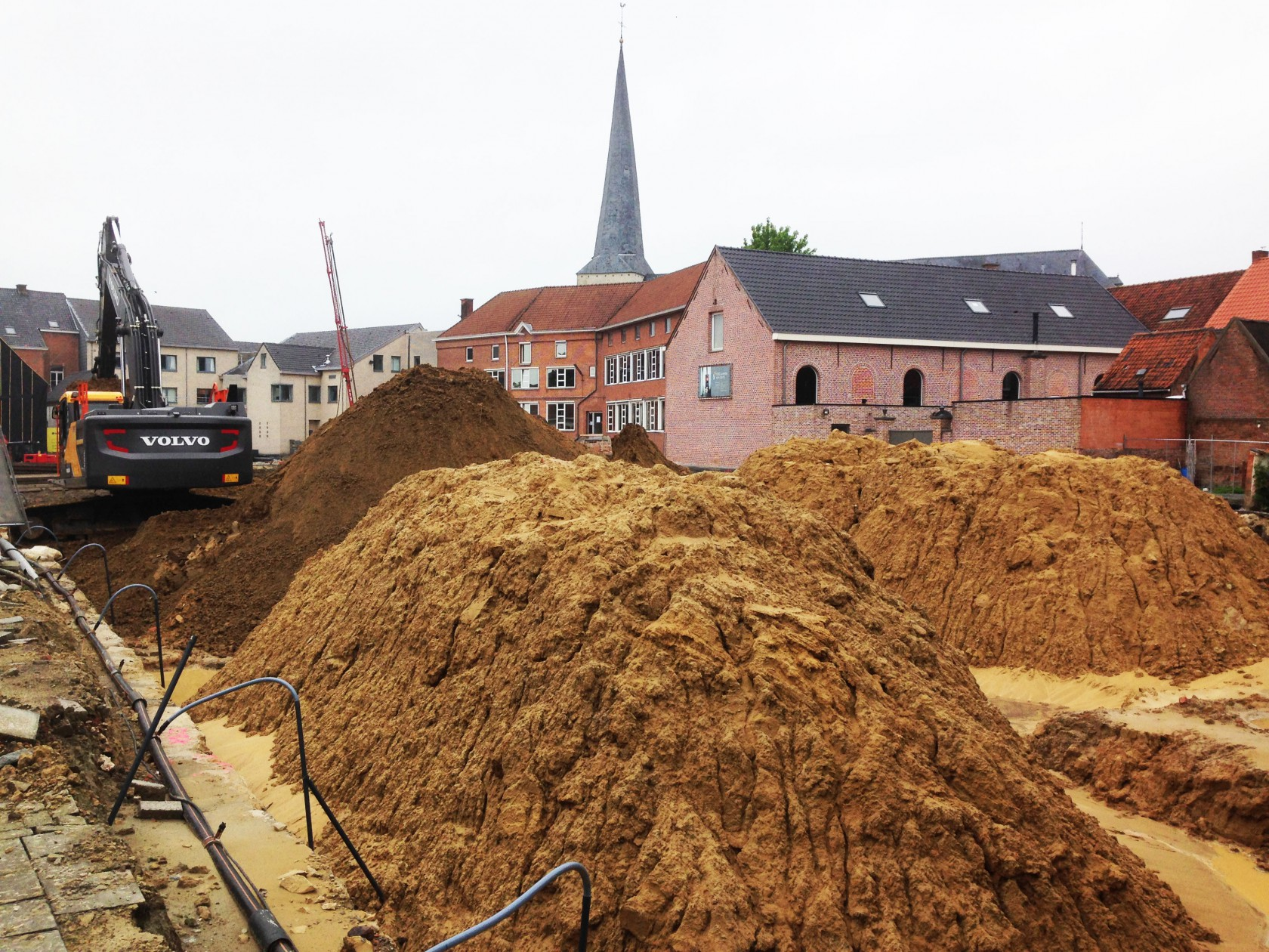 Abscis Architecten - Administratief centrum en woonproject Hamme