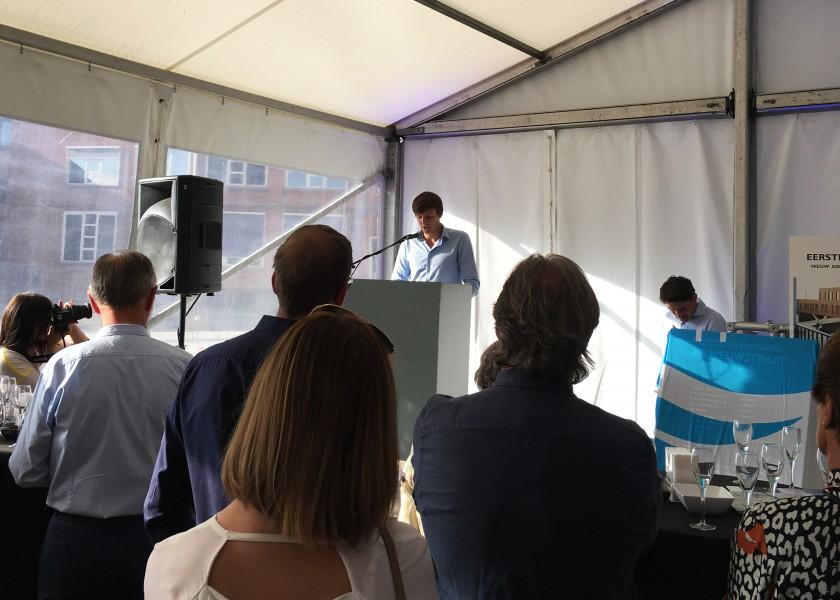 Abscis Architecten - Arthur Van Cauwenberghe aan het woord op Eerste steenlegging Administratief centrum Hamme