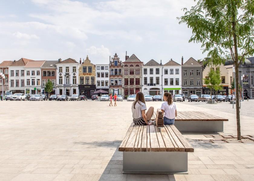 Abscis Architecten - Markt Oudenaarde, een indrukwekkende transformatie - foto Jeroen Verrecht